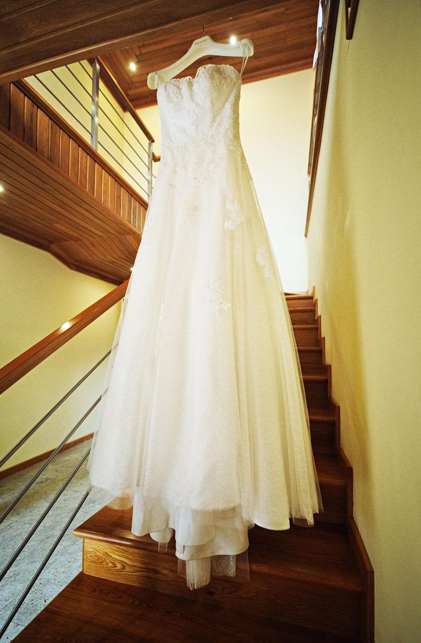 Vestido noiva em casa linhas composição Helio Cristovao Foto de Sonho Loja espelho da noiva marca white one