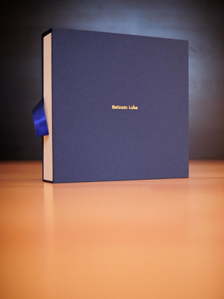 Fotos Batizado Album Tradicional feito À mao em Linho em Caixa de Luva Tecido gravaçao nome personalizado nova