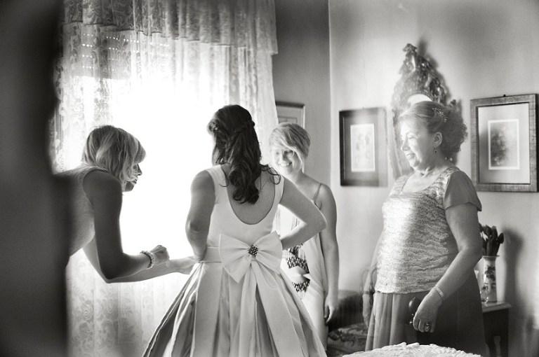 04 fotografia casamento rustico no campo em Santarem  sessao fotos carro clássico Isetta